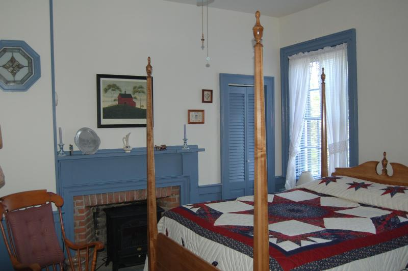 Lancaster Room - James Manning House B&B - Lancaster Room - Honesdale - rentals