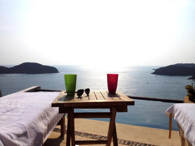 infinity edge private pool - DEAL! Oceanview Penthouse Zihuatanejo 4  Rent - Zihuatanejo - rentals
