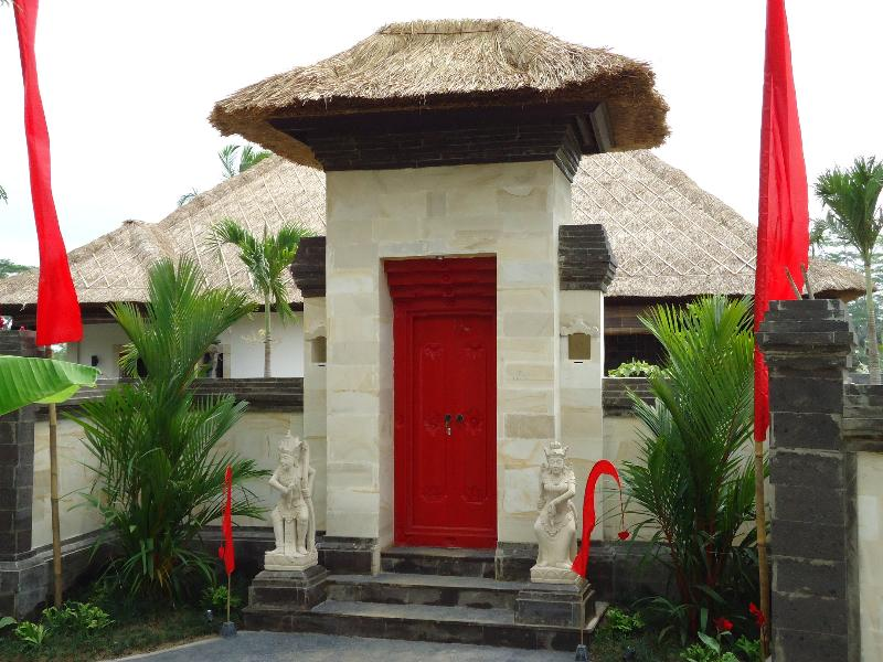 Entrance of the villa - Rumah Passion, a paradise for lovers... - Ubud - rentals