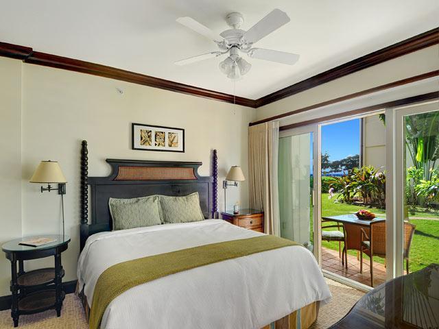 Master Bedroom - Waipouli Beach Resort H107 - Kapaa - rentals
