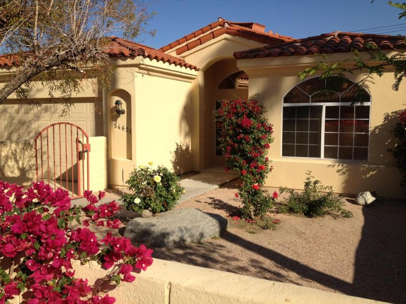 One block from national monument - Music Festival Goers Favorite! - La Quinta - rentals