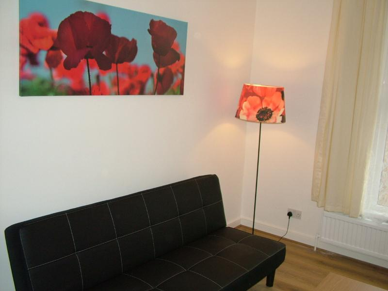 Wonderful 3 bed serviced apartment - Image 1 - London - rentals