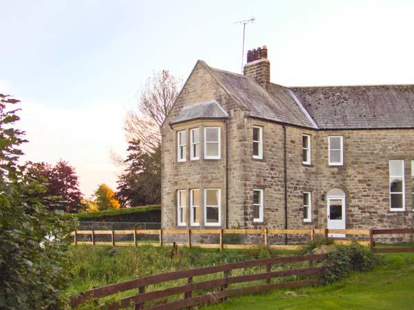 PRIORY VIEW pet-friendly, woodburning stove, lovely views in Ulverston Ref 17105 - Image 1 - Ulverston - rentals
