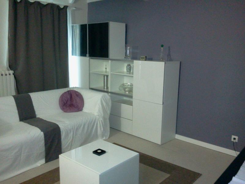 Best Price House Paris - 3 Bdr / 6 people - Image 1 - Bagnolet - rentals