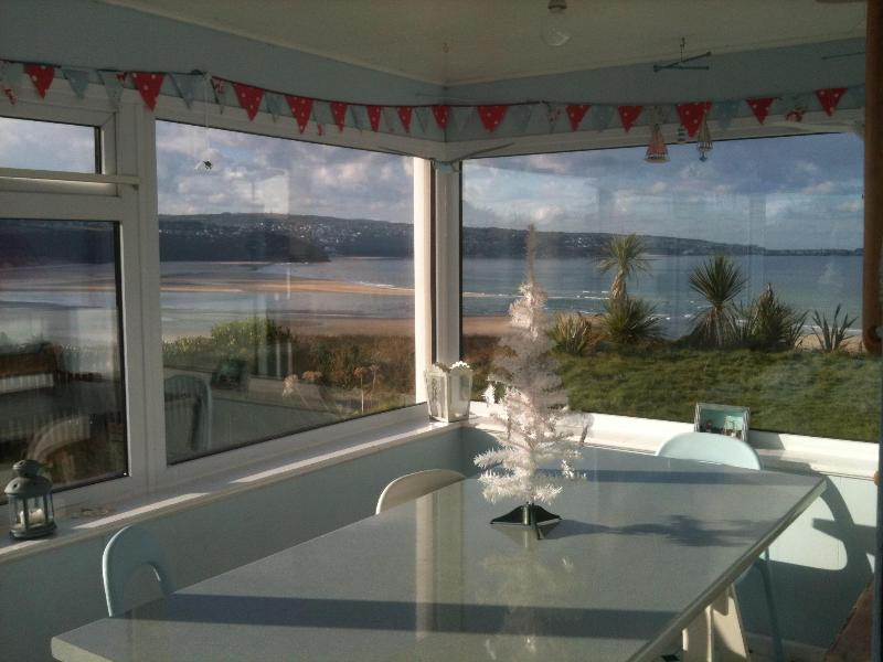 Bright old seaside house with superb beach views - Image 1 - Hayle - rentals