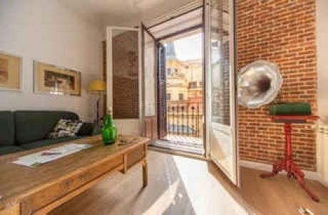 CR177bMadrid - PLAZA MAYOR / SOL 2 bedrooms - Image 1 - Madrid - rentals