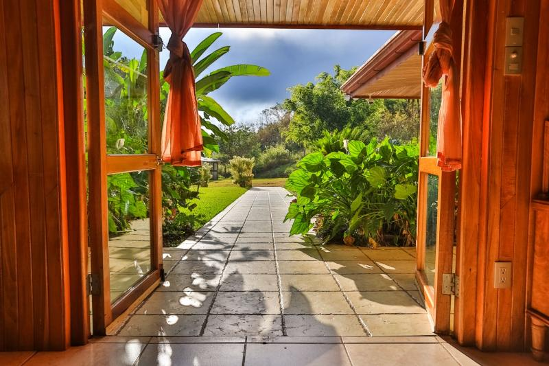 The front entrance - Casa de Linda in La Legua, Puriscal, Costa Rica - San Jose - rentals