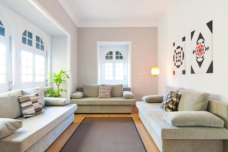 Living Room - CHIADO HISTORICAL CENTER 4 BEDROOMS up to 15 GUEST - Lisbon - rentals
