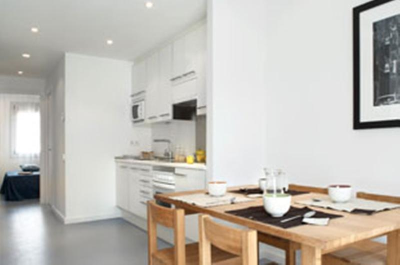 2 bedrooms apartment next to the beach! - Image 1 - Barcelona - rentals