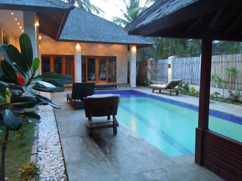 Pool and Rooms - Pesona Resort Private Villa Mimpi - Gili Trawangan - rentals