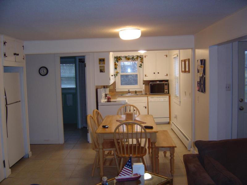 Kitchen and Dining area - Scarborough Beach, Narragansett- walk to the water - Narragansett - rentals