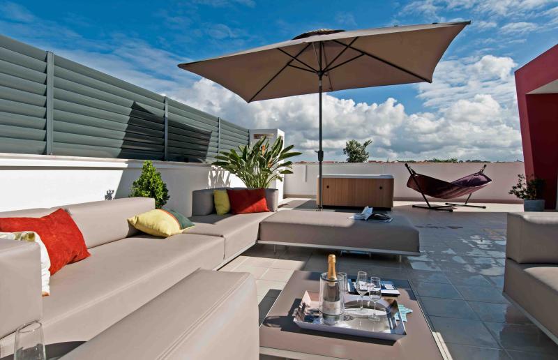 Bica2  Luxury Penthouse - Image 1 - Baleal - rentals