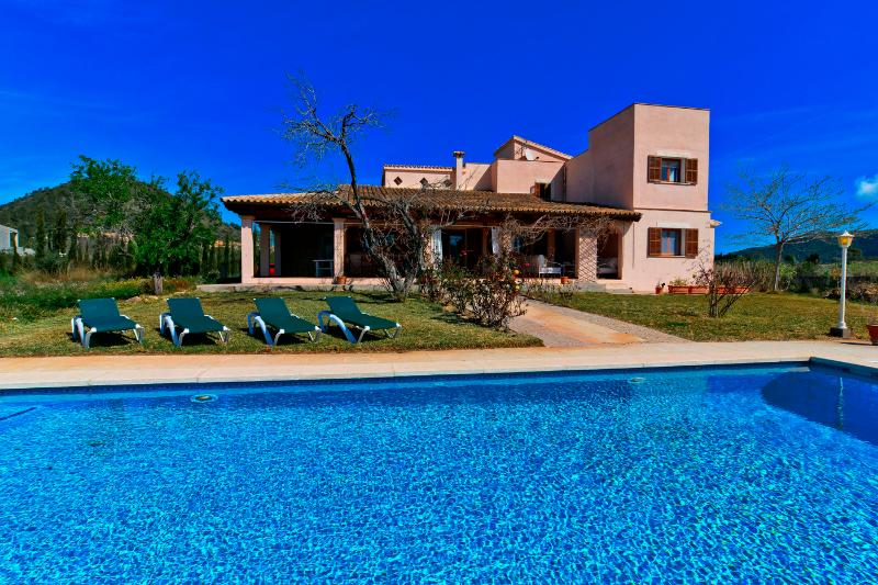 Villa Pula Golf - Fantastic finca for up to 12 persons at Pula's golf course - Image 1 - Son Cervera - rentals