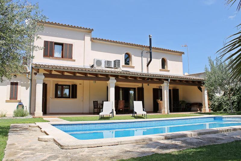 Chalet Can Torres - Image 1 - Vilafranca de Bonany - rentals