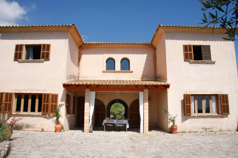 Sa Corballa - Typical traditional finca with a beautiful mountain view - Image 1 - Arta - rentals