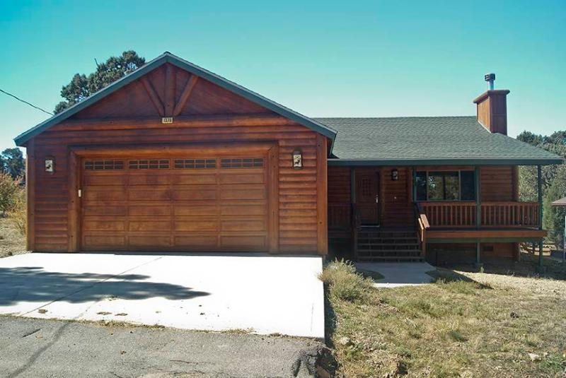 Flintridge Inn  #1423 - Image 1 - Big Bear City - rentals
