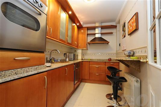 full kitchen - Apartment in bilbao centre Guggenheim -with garaje - Abadino - rentals