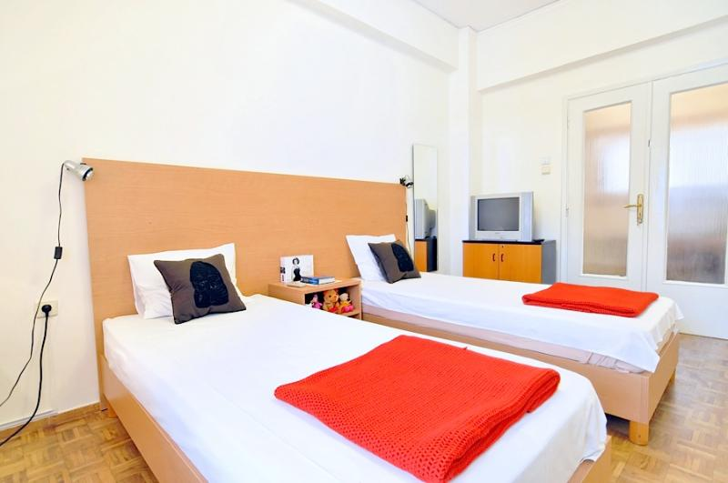Room w/ 2single beds 0,90m x 2,00m - Athensstay Welcome home! metro Attiki, lines 1&2 - Athens - rentals