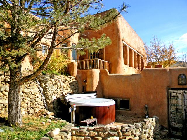 Magnificent private setting for shared hot tub as viewed from semi enclosed patio nook - Adobe Hacienda cottage - Ranchos De Taos - rentals