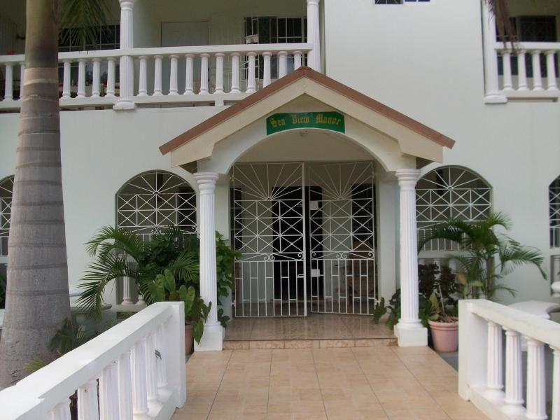 secure entrance - Sea View Manor, Siilver Sands Duncans Bay - Jamaica - rentals