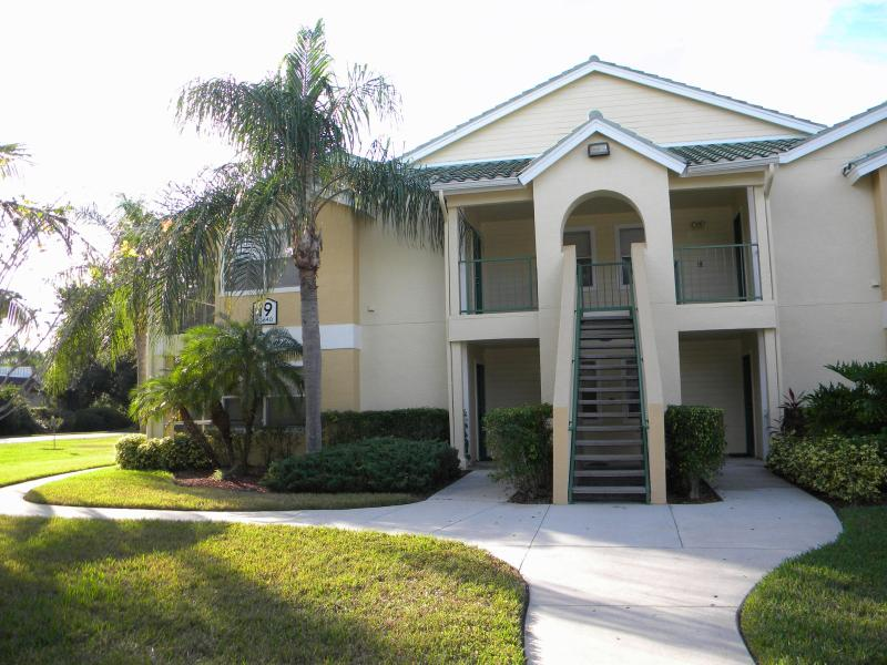 Vacation Condo at Venetian Palms #1907 - Image 1 - Fort Myers - rentals