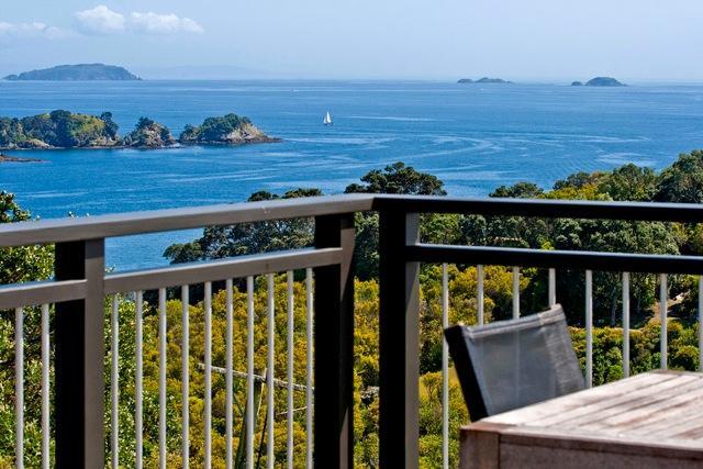 Outstanding in Oneroa, Waiheke Island, New Zealand - Image 1 - Oneroa - rentals