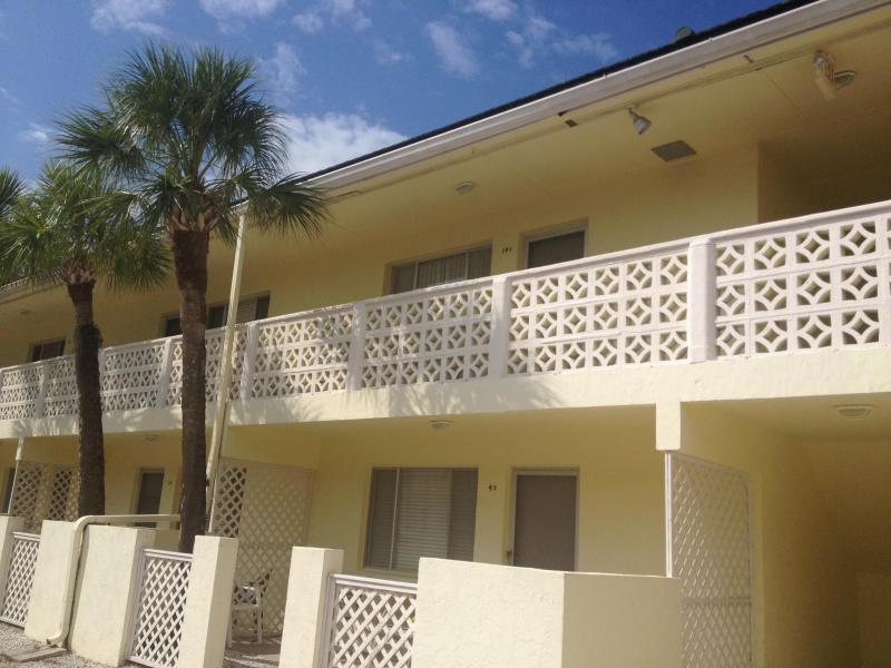 Exterior - Beautiful Siesta Key Condo. On the Water- Sarasota - Siesta Key - rentals