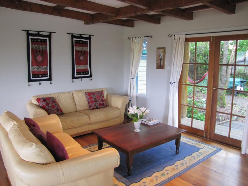 Silverbirch Cottage, Deloraine, Tasmania Australia - Image 1 - Deloraine - rentals