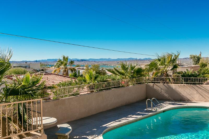 3bed/3bath home w/ Pool, deck & amazing lake views - Image 1 - Lake Havasu City - rentals