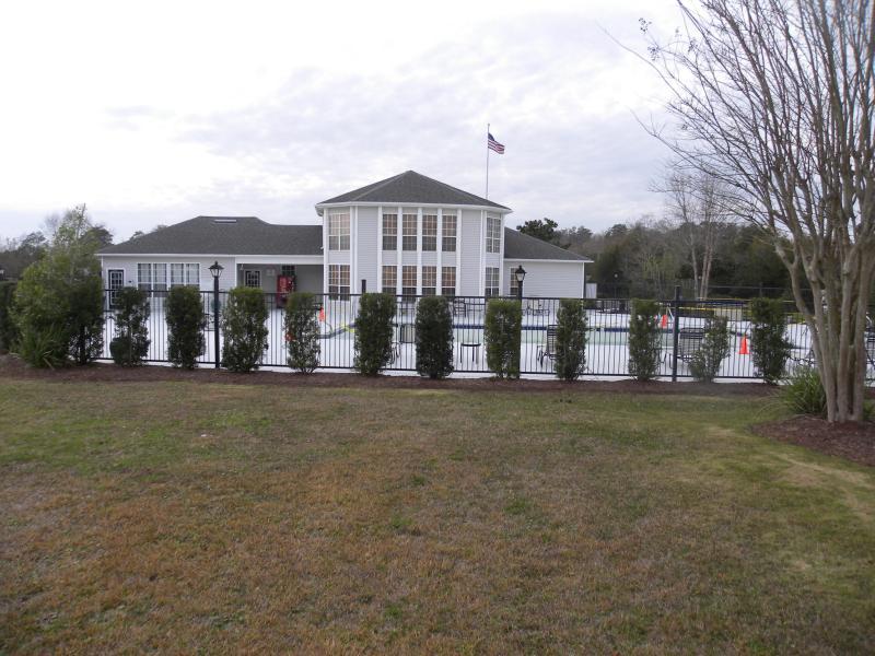 Club House view - Colony Club 3 Bedroom Condo  *Martin Hide Away* - Gulf Shores - rentals