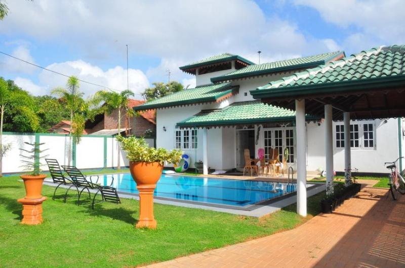 FRONT VIEW - villa with swimpool - Dambulla - rentals