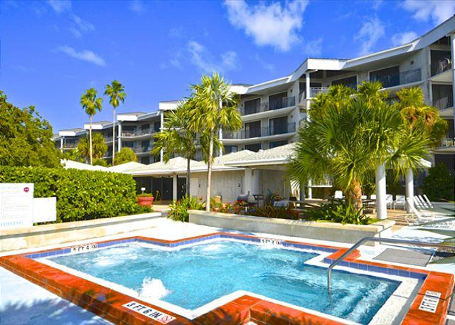"""ATLANTIC OCEAN VIEW"" - Stylish Condo w/ Spectacular Views - Image 1 - Key West - rentals"