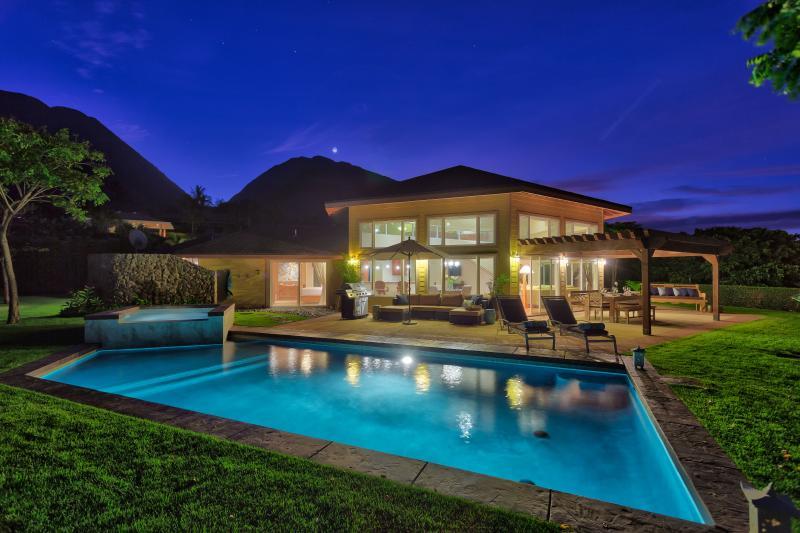 """Moon over Kalapana - Launiupoko, Private Luxury Home """"Kalapana"""" - Lahaina - rentals"""