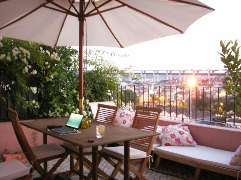 Terrace with river & city view - Lisbon Riverside View - Alcantara - Lisbon - rentals