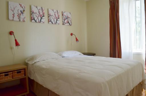 Bedroom 1 - Nice Downtown Apartment Village - Montreal - rentals