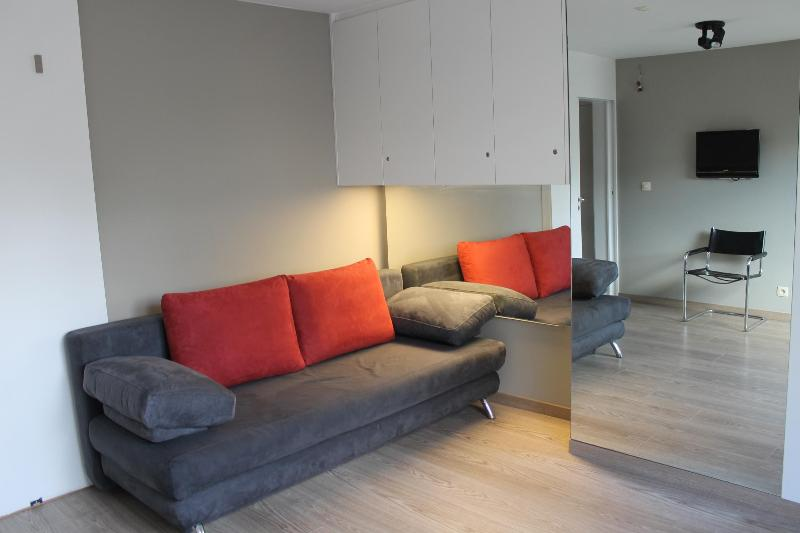 sitting corner - Sunny apartment 60m2 in mansion with huge terrace - Ostende - rentals