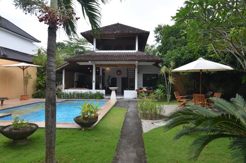 Garden and House after new renovated - Villa with seperat Bungalow,Seminyak,near Beach, - Seminyak - rentals