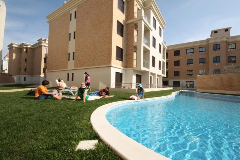 SCH20 - Gorgeous apartment in Parque Residence - Image 1 - Sao Martinho do Porto - rentals