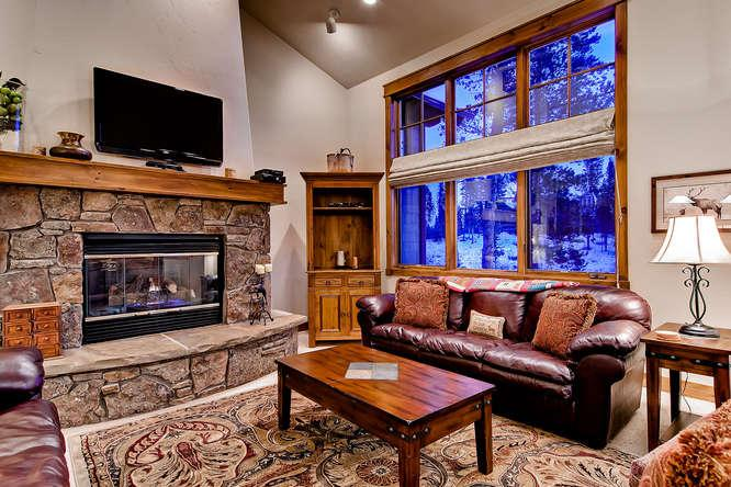Lodge at Cucumber Patch -Gondola access, hot tub - Image 1 - Breckenridge - rentals