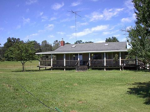 Log Home - Bass Kickin Cabin - Grass Valley - rentals