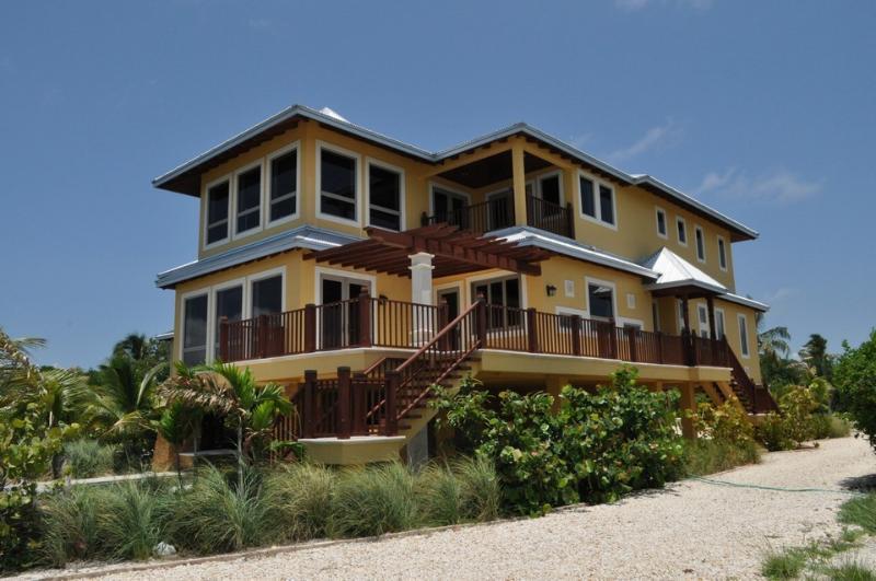 Grand Mangrove House - OCEAN FRONT VILLA- Grand Mangrove House - Marathon - rentals