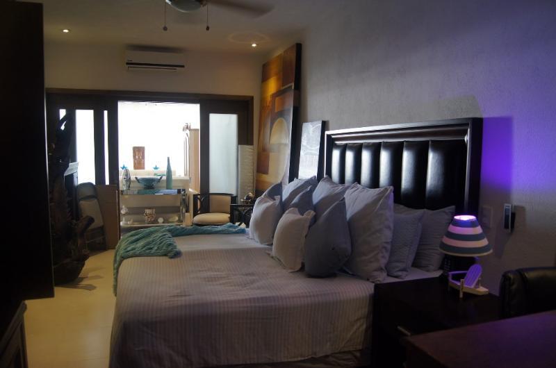Condo El Azul In Romantic Zone - Image 1 - Puerto Vallarta - rentals