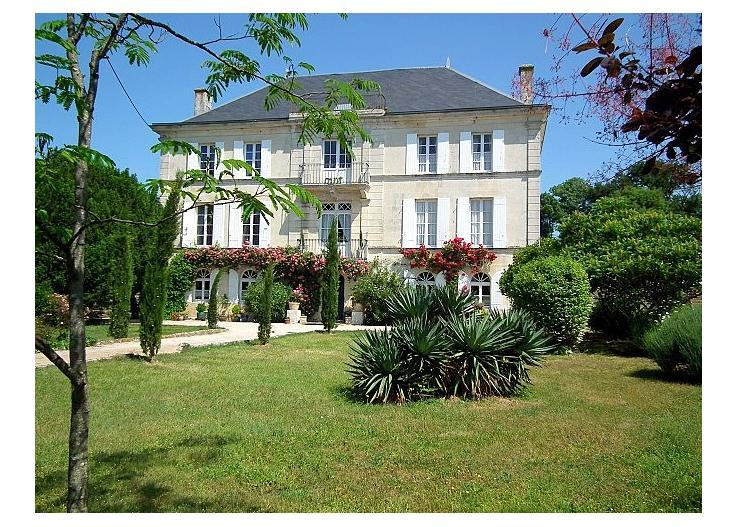 france/vendee-charente/chateau-cypres - Image 1 - Mauzac - rentals