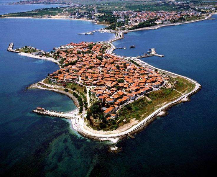 Two Bedroom apart/house on the World Famous Old Town of Nessebar, a prestigious UNESCO world heritage site. - Image 1 - Nessebar - rentals