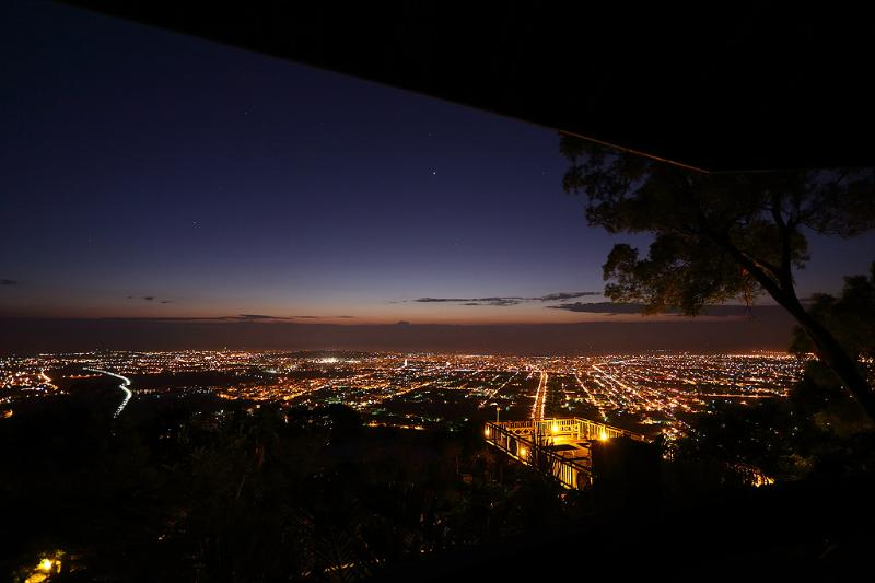 The night view of Hualien,Sea view Mountain View - Twin Oaks Lodge Bed and Breakfast - Hualien - rentals