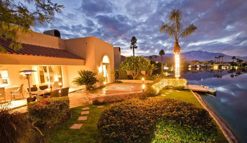 The Outlook - Luxury Living on Lake Mirage w/ Private Jacuzzi! - Rancho Mirage - rentals