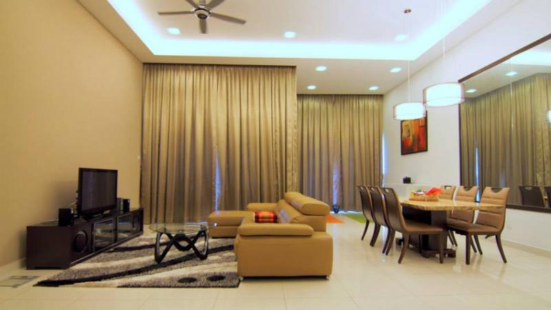 Living Room - 1600 sqft 5* Lower Penthouse Suite from US110/Nt - Kuala Lumpur - rentals