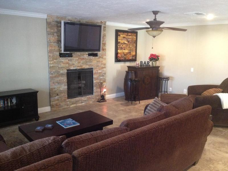 Just Remodeled Living Room - Beautiful South Palm Desert Retreat - Palm Desert - rentals