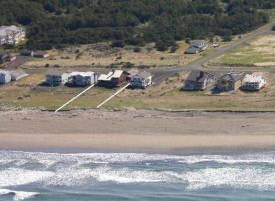 Close to Lighthouse,Trail and right on miles of sandy beach - Impressive Oceanfront Home - Westport - rentals
