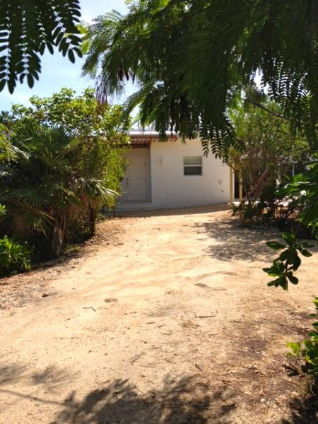 Front Entry - Newly Constructed Cottage in Leeward - Providenciales - rentals